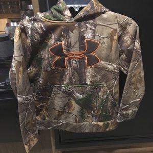 Under Armor boys pullover /hood jacket